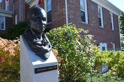 A Renaissance Woman – Celebrating Daurene Lewis, first female, black mayor with sculpture, dedication, words of tribute